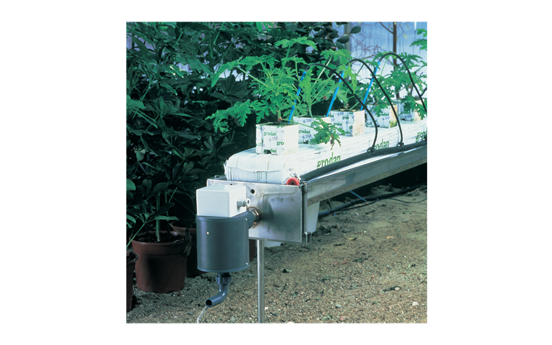 Start tray / drain tray for irrigation control by Senmatic
